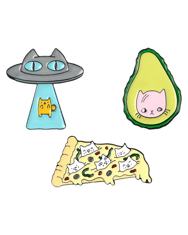 Pinuri Avocado Cat